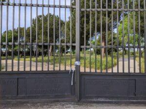 Parque de la alhóndiga cerrado