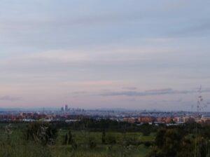 Vista desde Getafe un día sin contaminación durante el primer Estado de Alarma