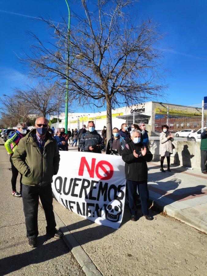 Concentración contra la gasolinera en Perales del Río 12/12/2020