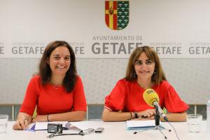 Sara Hernandez y Ángeles Guindel. Fotografía de archivo del Ayuntamiento de Getafe (13 de septiembre de 2018)