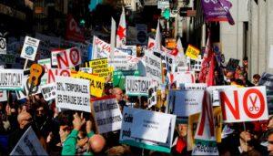 Miles de interinos se manifiestan en Madrid contra la precariedad y el abuso de la temporalidad del empleo público (RTVE 15.02.2020)